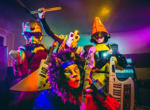 TWRP w/ Planet Booty